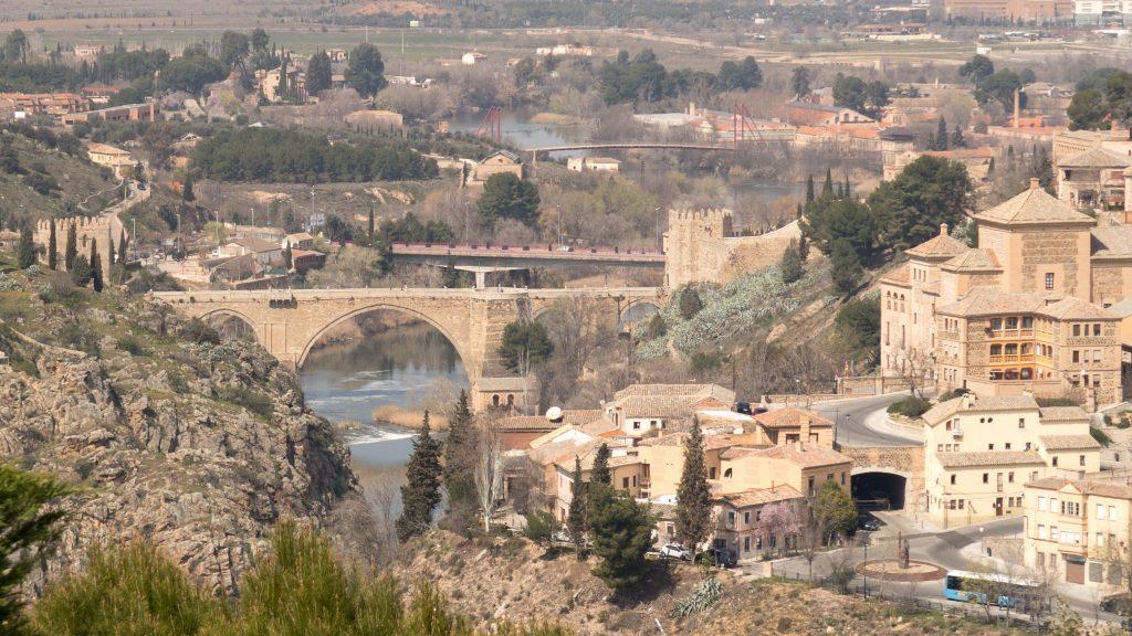 Madrid Museum Tours GanztGige Privattour nach Toledo, zum Klosterpalast El Escorial und Valle de los Caídos