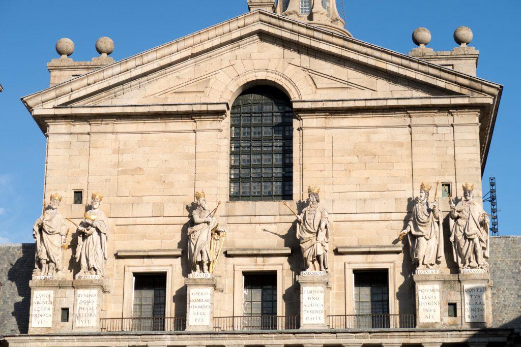 Madrid Museum Tours El Escorial y Valle de los Caídos Medio Día