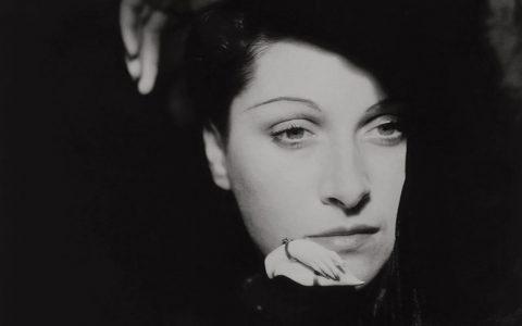 Sad eyes ; 1943