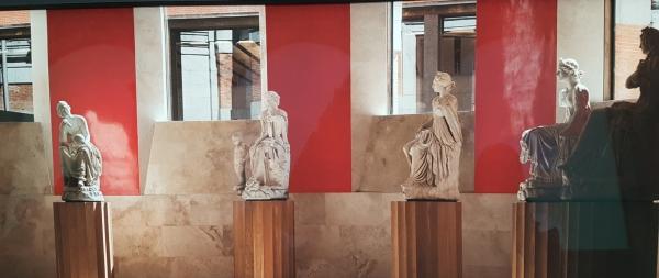 https://madridmuseumtours.com/wp-content/uploads/2018/04/Prado-Museum-2.jpg