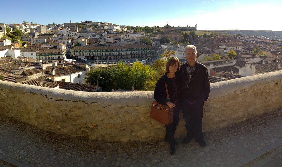 https://madridmuseumtours.com/wp-content/uploads/2018/04/View-to-Chinchon.-Panorama.jpg