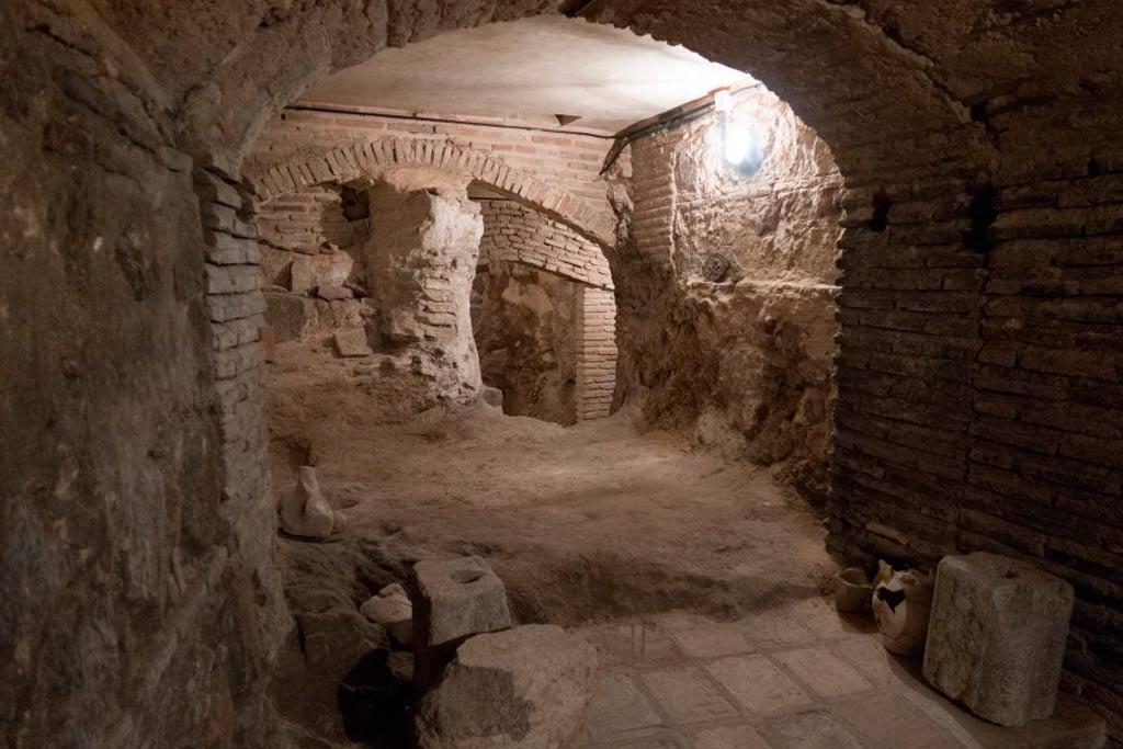 Toledo-caves