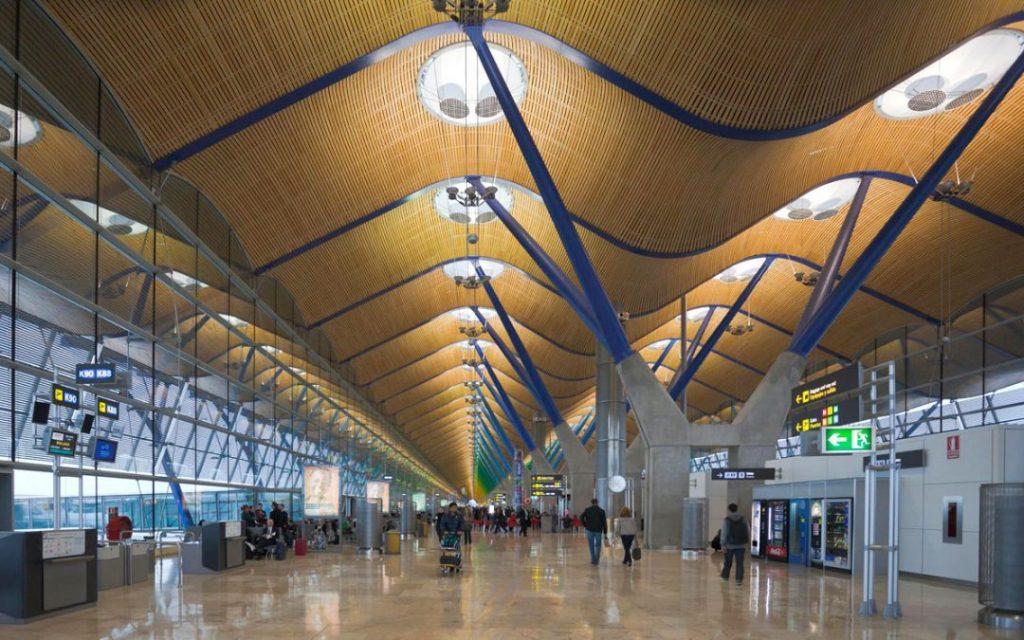 Aeropuerto Adolfo Suarez-Barajas en Madrid
