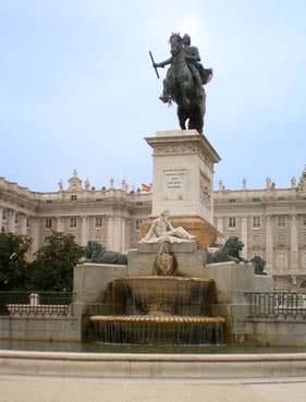madrid-prado-museum-palace-car-tour
