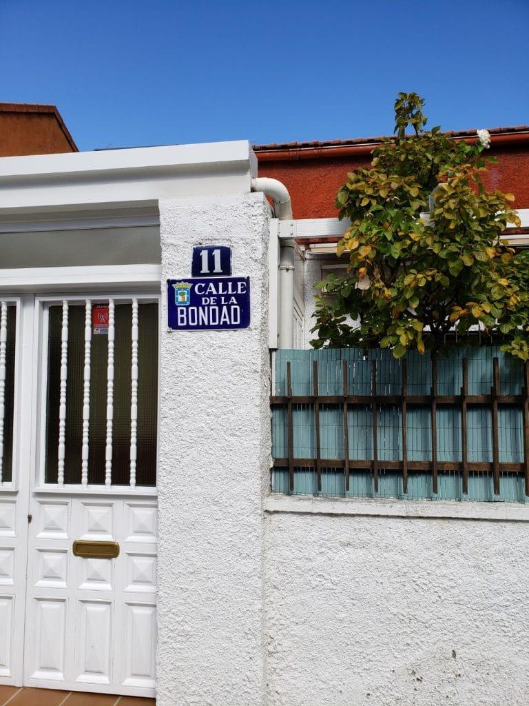 colonia-de-los-carteros-calle-de-la-bondad. Madrid Museum Tours Blog